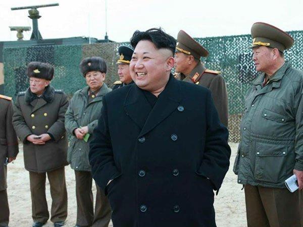 Перебежчик: КНДР через год разработает ракету для ядерной атаки наСША
