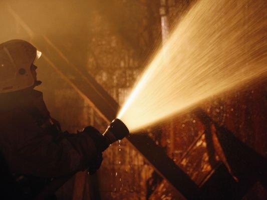 Село вДагестане охвачено пожаром: пламенеют десятки домов