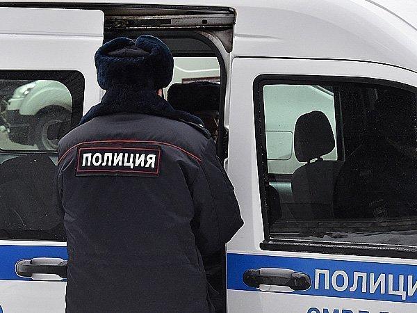 Подмосковные полицейские госпитализировали мужчину, ранившего себя вбанке ВТБ24 вОрехово-Зуево