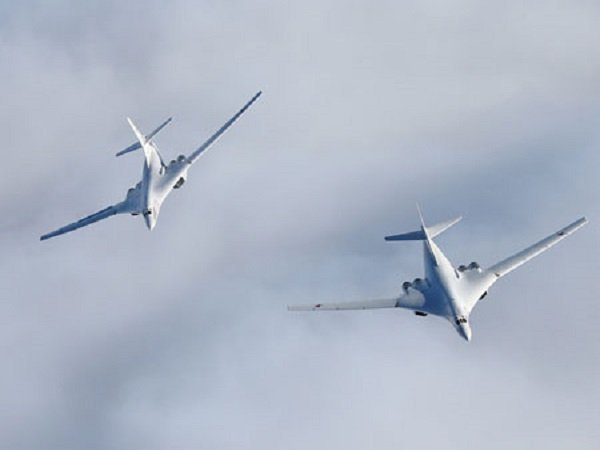 Два Ту-160