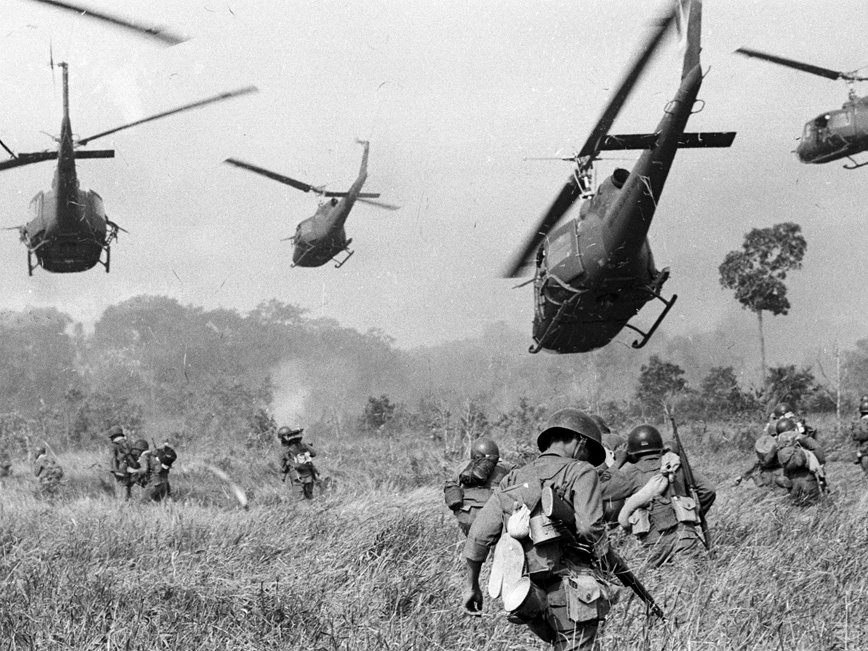 richard nixon ended the vietnam war by dropping bombs in cambodia On december 9, 1970, us president richard nixon telephoned his national-security adviser, henry kissinger, to discuss the ongoing bombing of cambodia this sideshow to the war in vietnam, begun in 1965 under the johnson administration, had already seen 475,515 tons of ordnance dropped on cambodia, which had been a neutral kingdom.