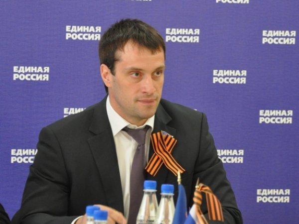 Сенатор отХМАО предлагает сделать рейтинг регионов Российской Федерации поуровню патриотического обучения