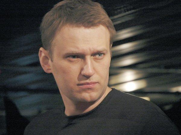 Акции 12июня недобавили популярности Навальному— Опрос социологов