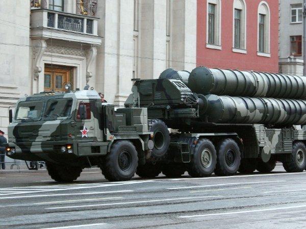 Турцию лишат технологий НАТО из-за покупки С-400