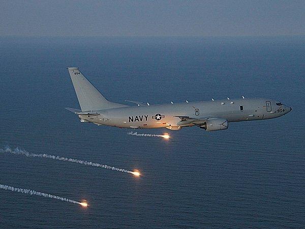 КграницамРФ наЧерном море приблизились американские самолеты