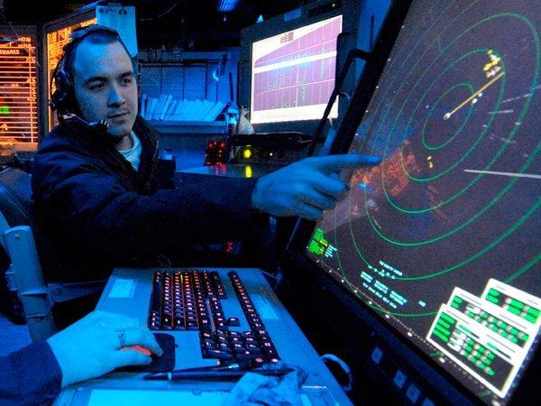 Диспетчерам вРФ вновь довелось менять высоту полета лайнера из-за неизвестного самолета