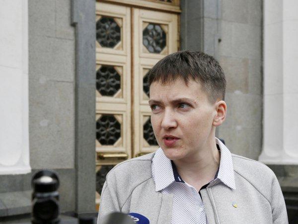 Савченко упрекнула Порошенко вслабости