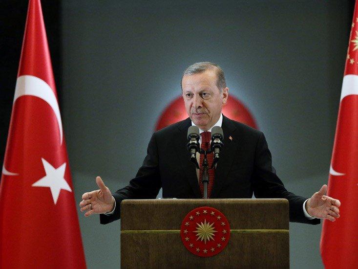 Эрдоган: Турция не даст возможность сделать новое государство насевере Сирии