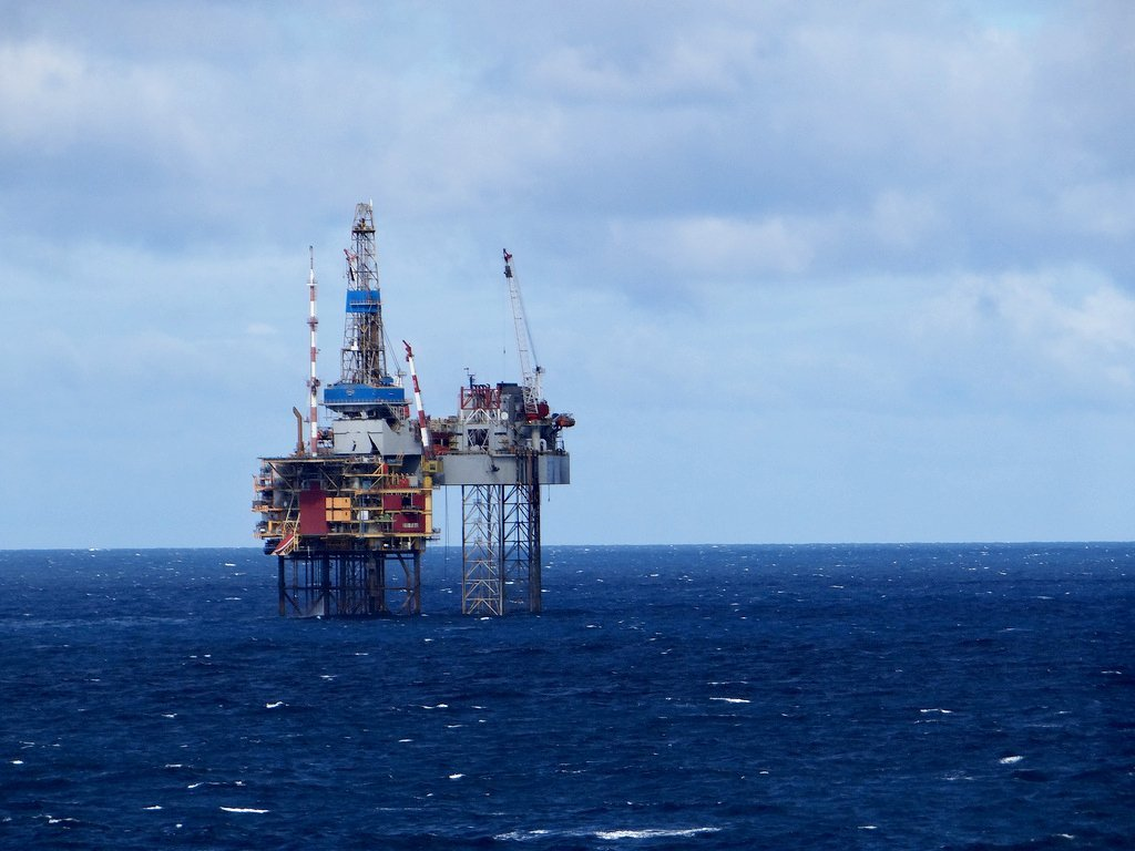 До $47,4 упала вцене  вначале рабочей недели  утром нефть WTI