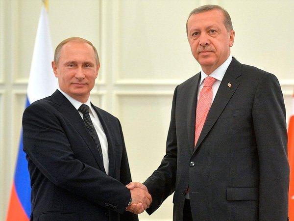 Путин иЭрдоган обсудили Сирию потелефону