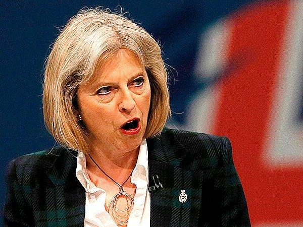 Великобритания продолжит оказывать давление наРоссию, включая возможность введения санкций,— Мэй