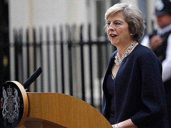 Премьеру Великобритании довелось оправдаться запровал запуска ядерной ракеты