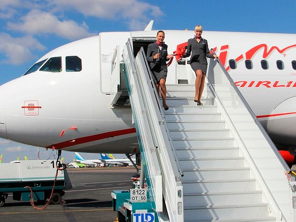 Самолет компании ВИМ-авиа