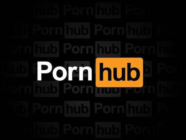 Порно видео с брюнеткой жена изменяет мужу