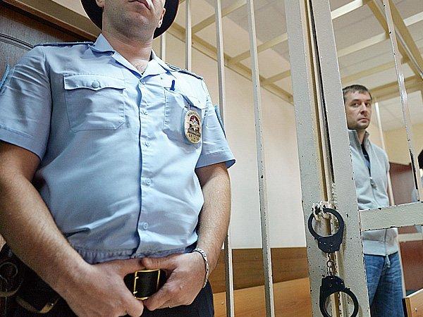 Юрист Захарченко объявил опланах полковника «все рассказать»