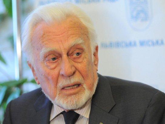 Ушел изжизни украинский писатель Роман Иванычук
