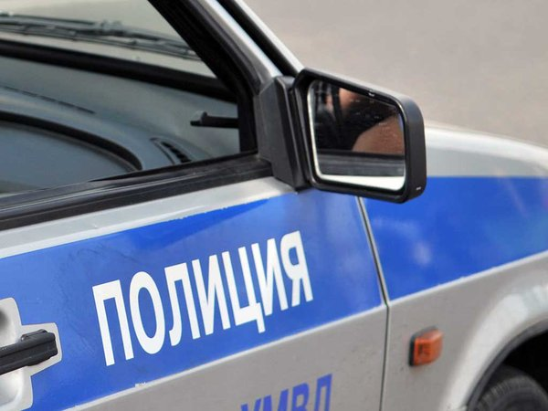 Полиция проверит данные о стрельбе и угрозе взрыва в Петербурге