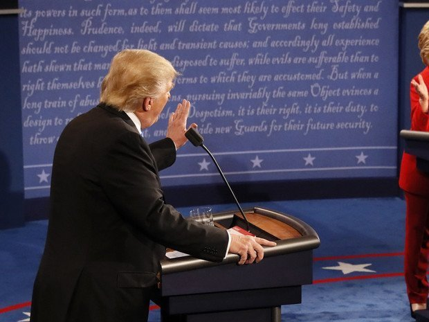 Клинтон поведала, как Трамп нарушил законы США