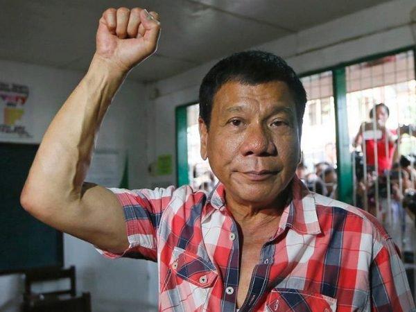 Президент Филиппин пообещал убить 3 млн. наркоманов