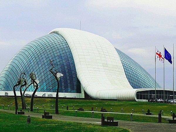 Здание парламента Грузии