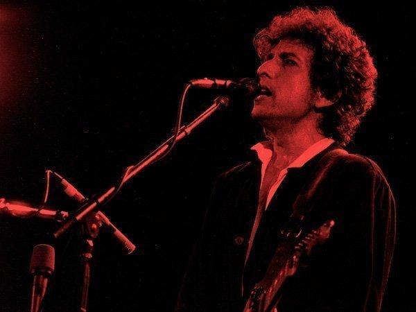 Боб Дилан отказался ехать получать Нобелевскую премию