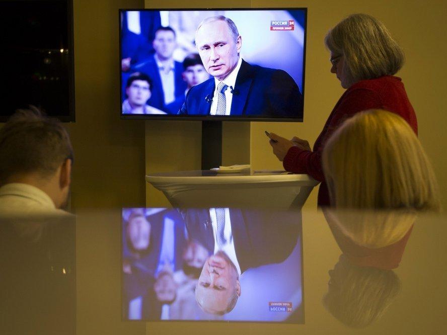 Жители России стали менее полагаться СМИ