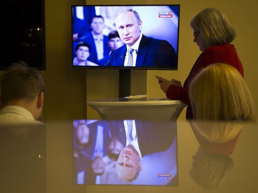 ВКремле обсуждают, начто перенастроить российское телевидение