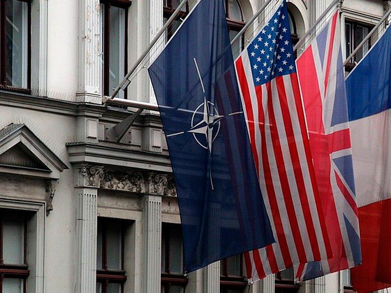 Помощник Д.Трамп хочет советовать президенту поддержать вступление Черногории вНАТО