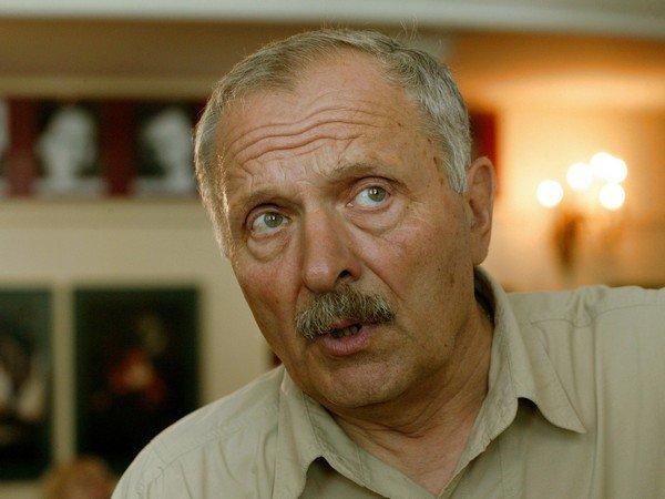 Скончался артист театра икино Евгений Лазарев