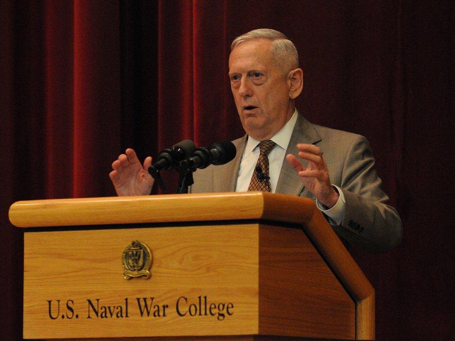 Руководитель Пентагона обвинил КНР внеуважении кинтересам остальных стран