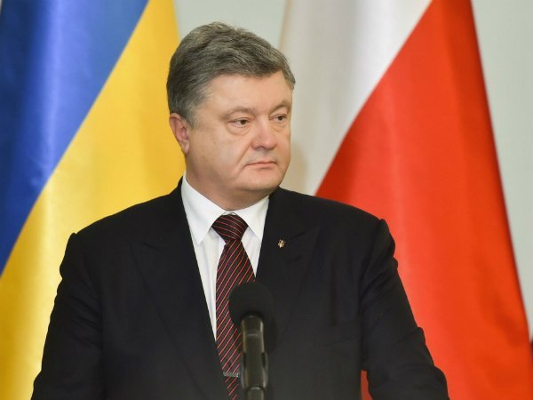 Президентом Порошенко недовольны 82% украинцев