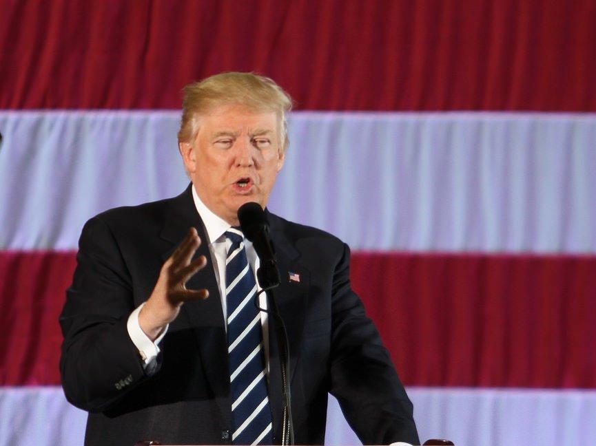 Трамп назвал свои 100 дней вБелом доме волнующими