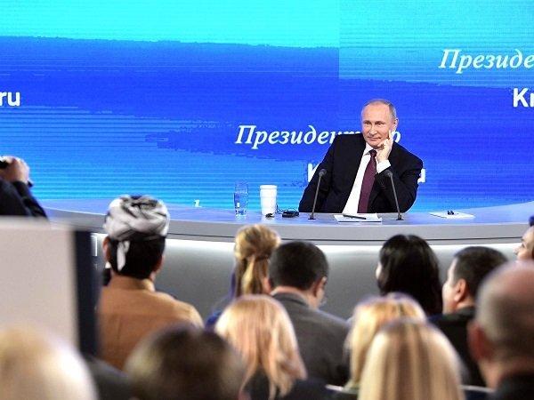 Путин опатриотизме: «Унас неможет быть другого объединяющего начала»