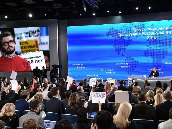 Путин: Средства наиндексацию пенсий ипособий заложены вбюджете-2017
