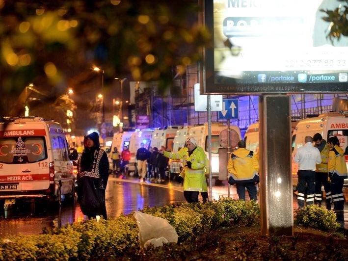 Террорист вСтамбуле расстрелял 39 иранил 40 гостей ночного клуба
