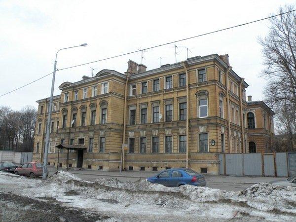 РПЦ вначале осени получит одно иззданий русской государственной библиотеки
