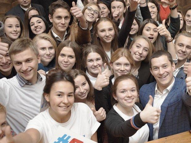 Сватковский либо  Ведерников. руководителя  Росмолодежи выберут из 2-х  претендентов