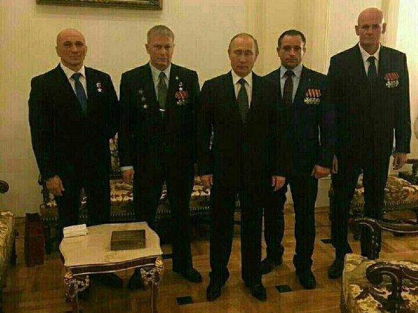 Владимир Путин с предполагаемыми участниками ЧВК Вагнера