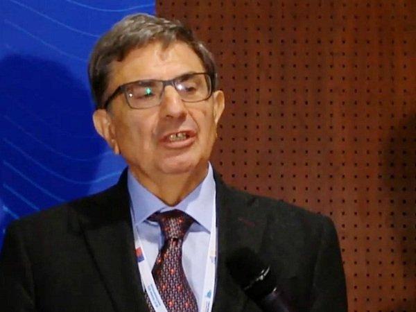 Intesa подтвердила участие междунарожных банков вкредитном синдикате сакциями «Роснефти»