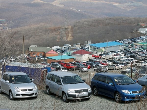 Документы наавтомобиле без ЭРА-ГЛОНАСС начали выдавать воВладивостоке