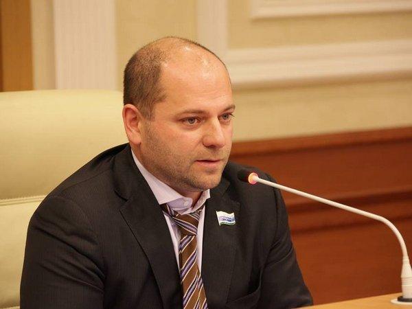 Суд Свердловской области обязал депутата жить на«минималку»