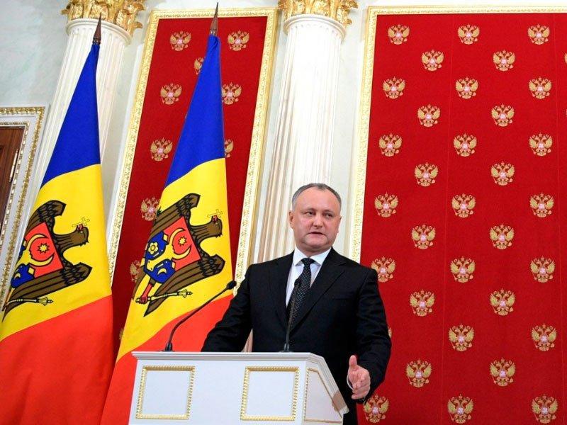 КСМолдавии временно отстранил президента Додона отдолжности
