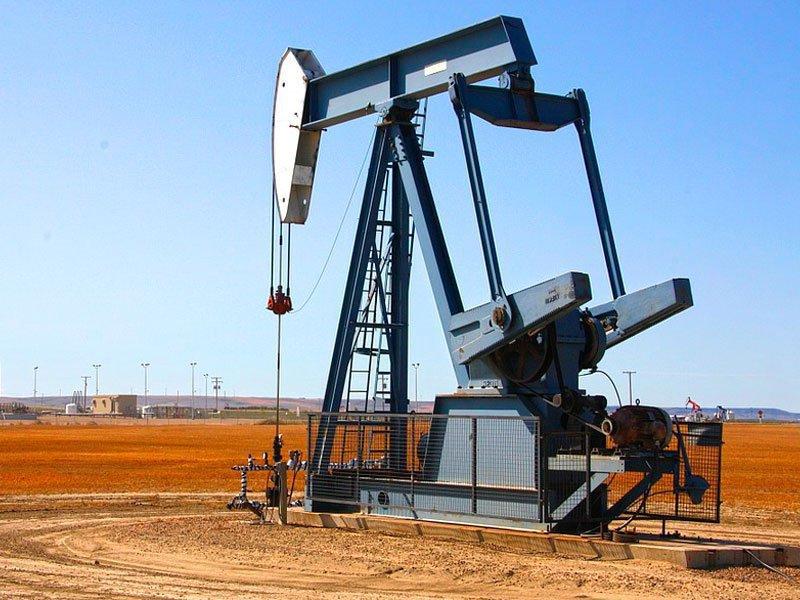 Цены нанефть подскочили нарешениях ОПЕК+ не увеличивать добычу
