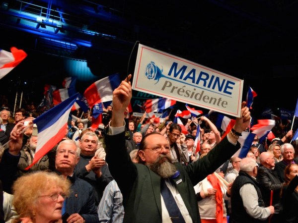 Politico поведала, что может посодействовать ЛеПен побороть навыборах