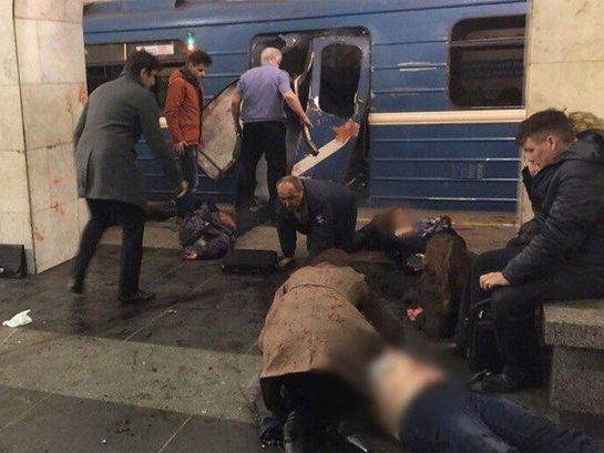 Пострадавших после взрыва вметро отправили вНИИДжанелидзе