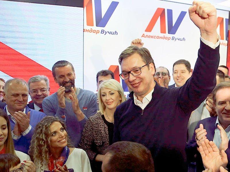 Президент Сербии сократил собственный рабочий визит вКазахстан из-за рождения сына