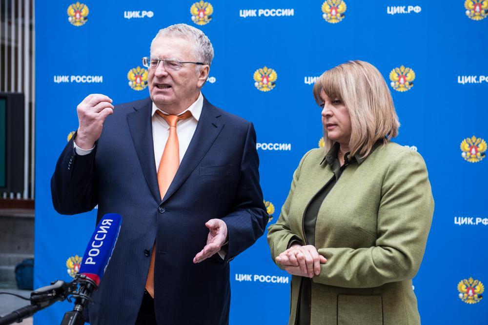 Оппозиция Государственной думы попросила В.Путина отменить городской фильтр