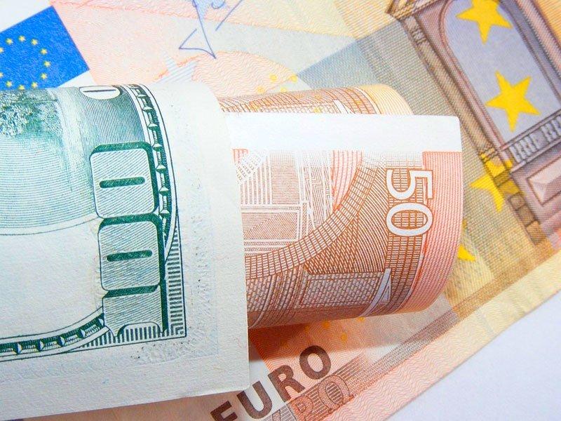 Нокаут рубля: евро идоллар превысили собственный курс