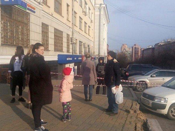 На месте стрельбы в Хабаровске