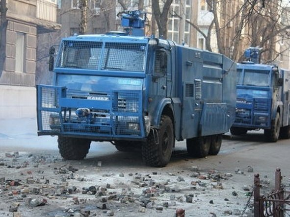 Бойцы Росгвардии получат водометы для пресечения массовых беспорядков